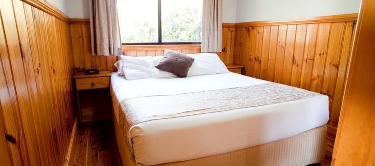 banksia-main-bedroom