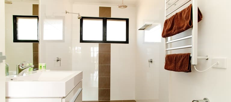 figtree-bathroom